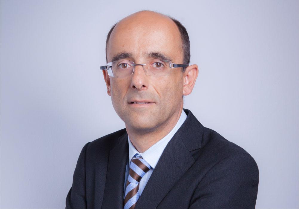 Foto del abogado César Olano